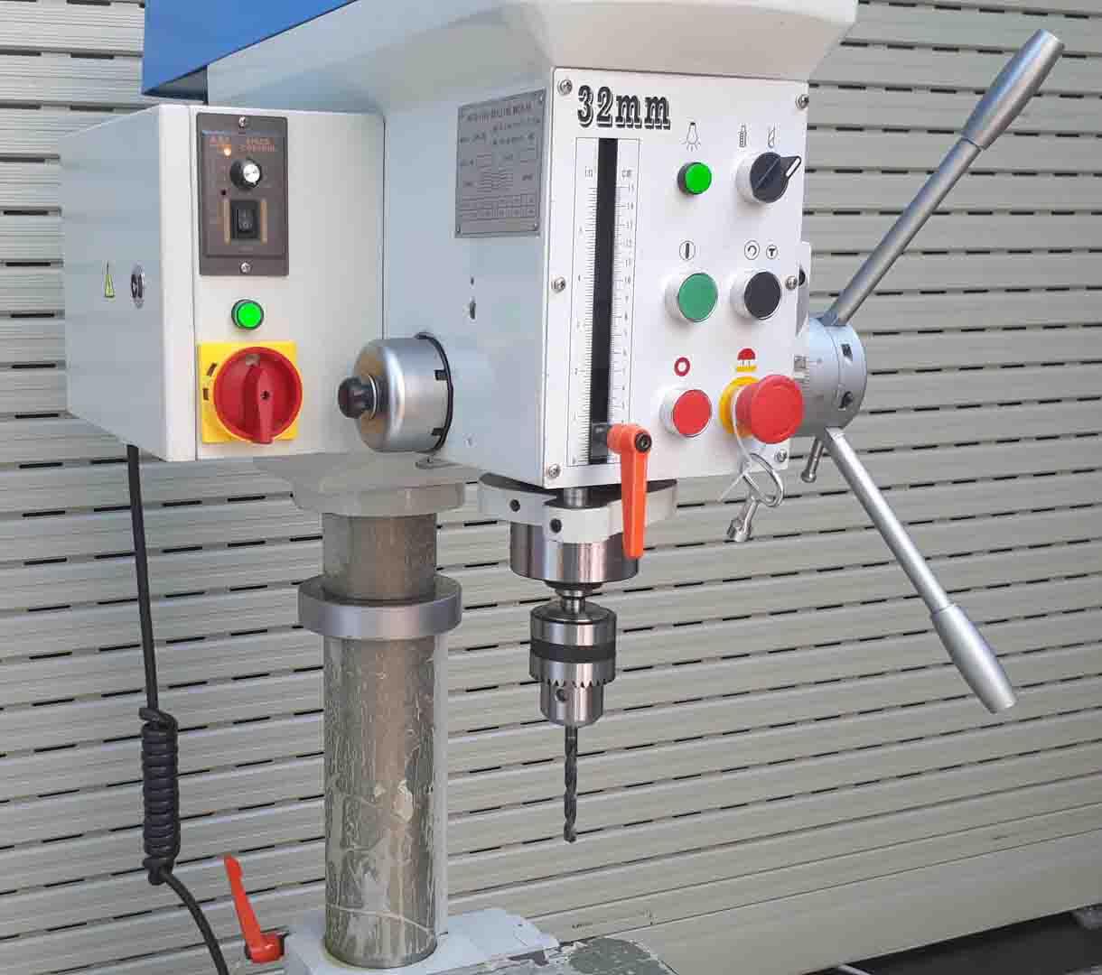 Hệ thống điện của ZB4132G